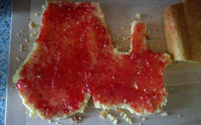 6. Namazání ovocnou marmeládou