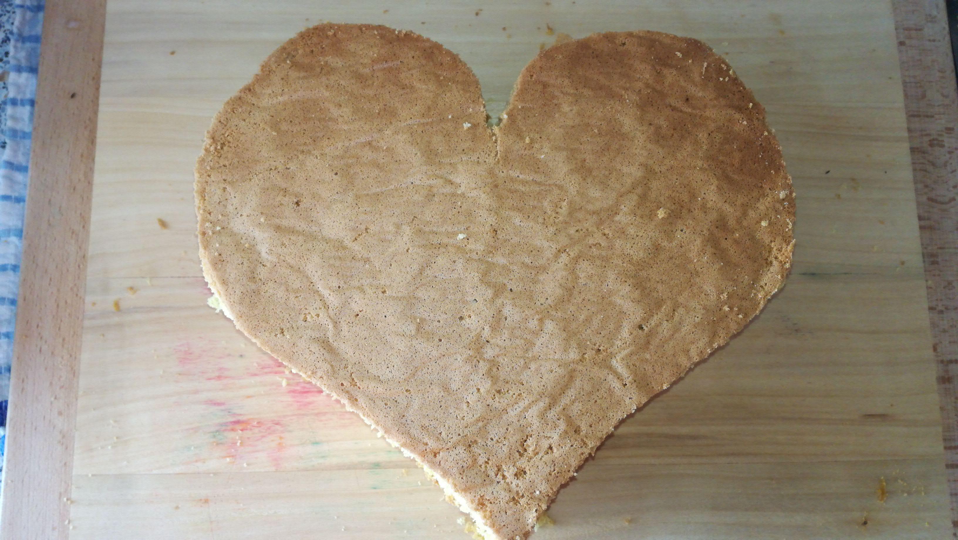 5. Vykrojení tvaru srdce