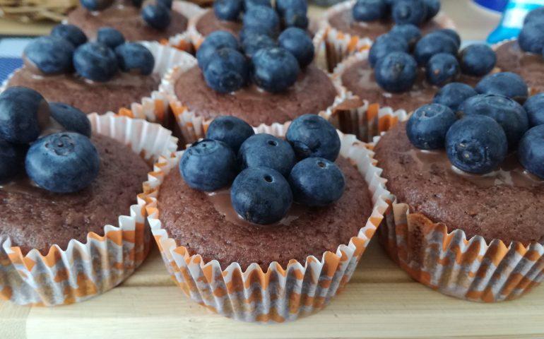 Perníkový muffin s borůvkami
